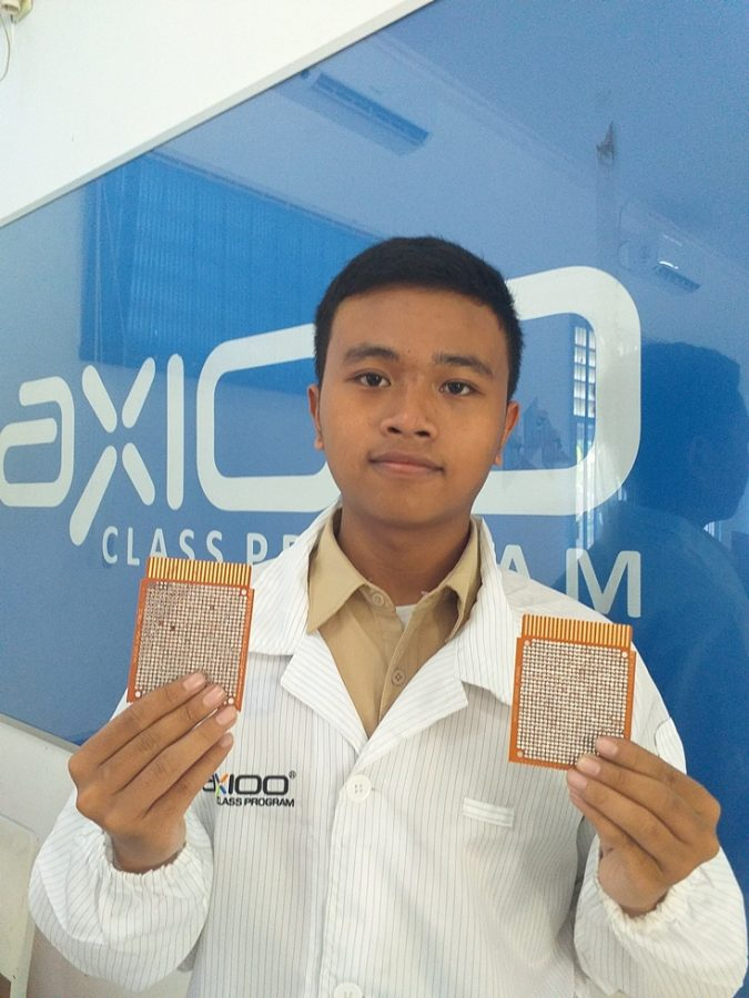 "Program magang "" Factory Stay Program Axioo """